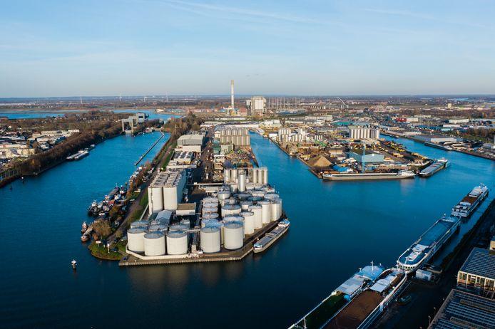 De Oostkanaalhaven in Nijmegen-West.