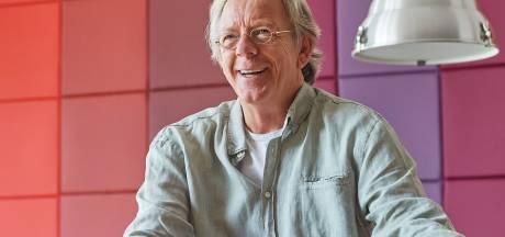 John Blummel, docent die pauzes liefst doorbracht tussen de leerlingen, stopt na 36 jaar