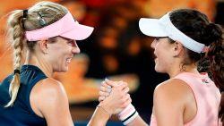 Kerber laat opponente slechts één game - Sharapova mept titelverdedigster Wozniacki uit toernooi