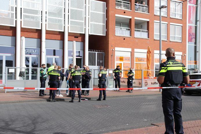 Er was veel politie op de been bij de steekpartij in Restaurant Jasmijn.