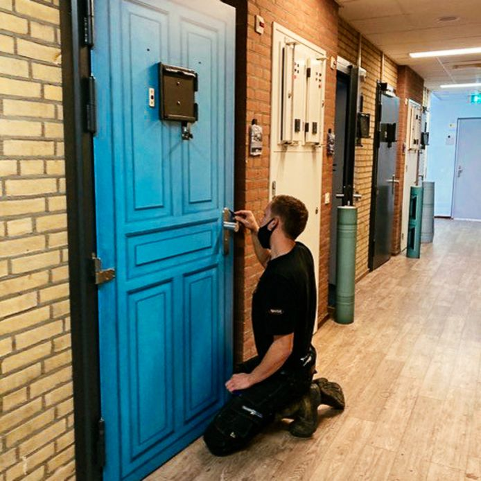 De deuren komen de sfeer in de jeugdinrichting ten goede.
