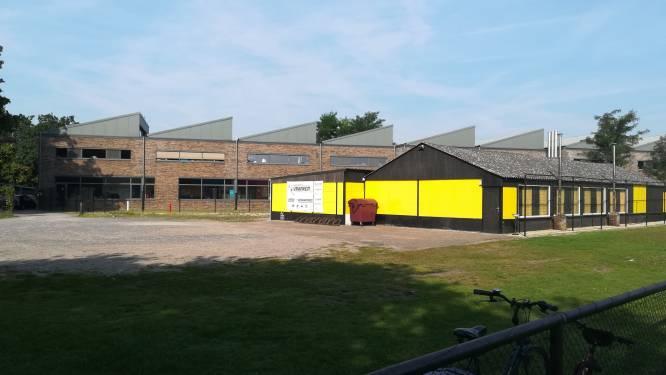 33 nieuwe parkeerplaatsen voor school en voetbalkantine