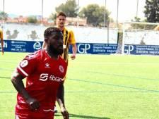 Royston Drenthe verlengt contract bij Spaanse club Murcia, maar houdt zijn huis in Werkendam