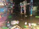 Een zwaar beschadigde winkel in Plopsa Coo.