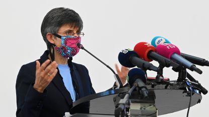 """Advocaat 'Groep van Tien': """"Berx belemmert debat over wettelijkheid van  avondklok"""""""