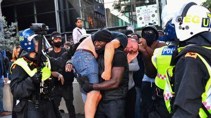 Black Lives Matter-activist redt 'aanhanger van extreemrechts' tijdens gewelddadige protesten in Londen