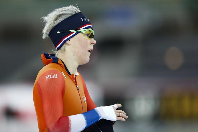 Jorien ter Mors tijdens de training in het Vikingskipet voorafgaand aan de WK allround en sprint in Hamar.