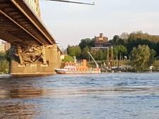 Rumoer in Nijmegen: hulpdiensten massaal naar Waalkade voor loos alarm