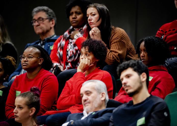 Getroffen ouders op de publieke tribune tijdens het debat met Staatssecretaris Snel twee weken geleden