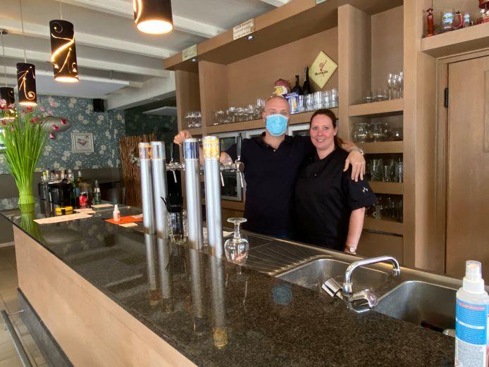 Sammy Kampers en zijn vrouw Amanda Oostervink bereiden zich nog volop voor op de heropening van De Lindeloo