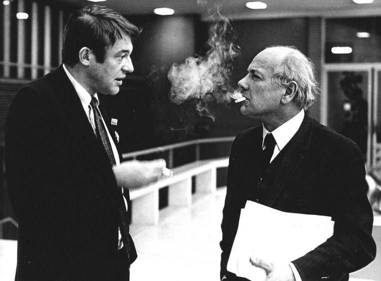 Van Mierlo en Den Uyl op een D66-congres in Amsterdam, 1969.  Beeld HH /  ANP