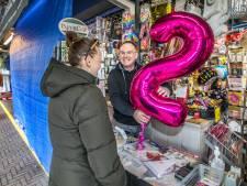 Marktkooplui op Haagse Markt hebben het zwaar door kopen op afspraak: 'terwijl supermarkten vol staan'