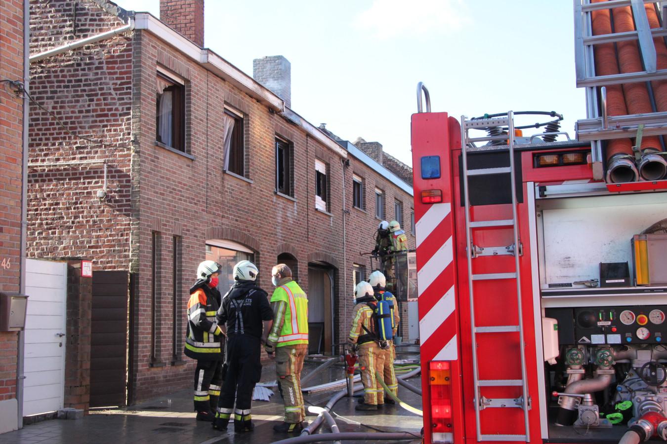 De woning in Wijtschate liep zware schade op.