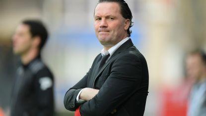 """Stijn Vreven bij voorstelling als nieuwe coach van Lokeren: """"Zit hier met mixed feelings"""""""