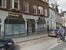 Café Deventer moet om 23 uur dicht, uitbater stapt naar de rechter: 'Klanten lopen mijn deur voorbij'