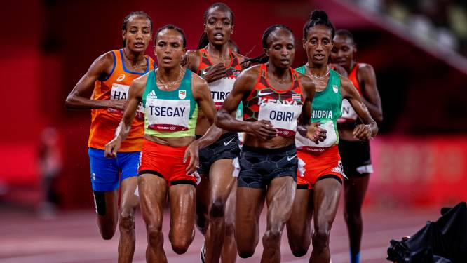 Hassan zet drievoudige missie voort in finale 1500 meter: 'Het is niet voor niks nog nooit gedaan'
