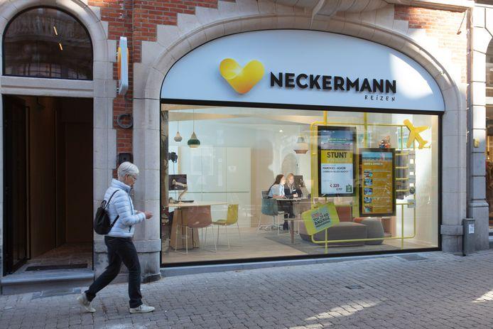 Officieel is er niemand aan de slag bij Neckermann, al worden klanten nog steeds te woord gestaan door vrijwilligers.