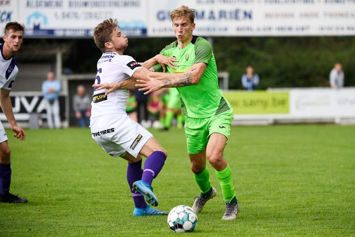 Yannick Bevers (rechts) deed vorige week tegen Heikant ook al de netten trillen.