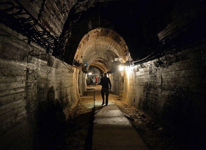 De nazi's hielden zich tijdens Wereldoorlog Twee bezig met het ultrageheime Project Riese, waarbij door naar schatting 30.000 krijgsgevangenen en arbeiders een enorm ondergronds netwerk werd uitgegraven. Hier in Walbrzych in Polen zou de nazitrein verstopt zijn.