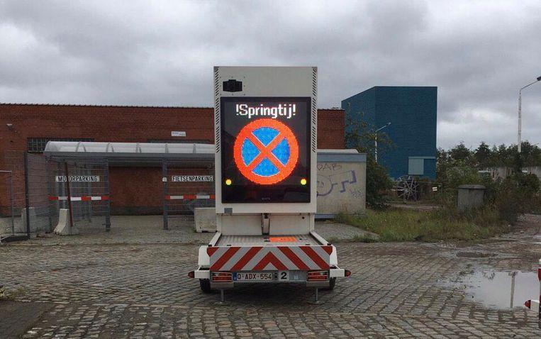 Parkeren op de Scheldekaaien was gisteren verboden.
