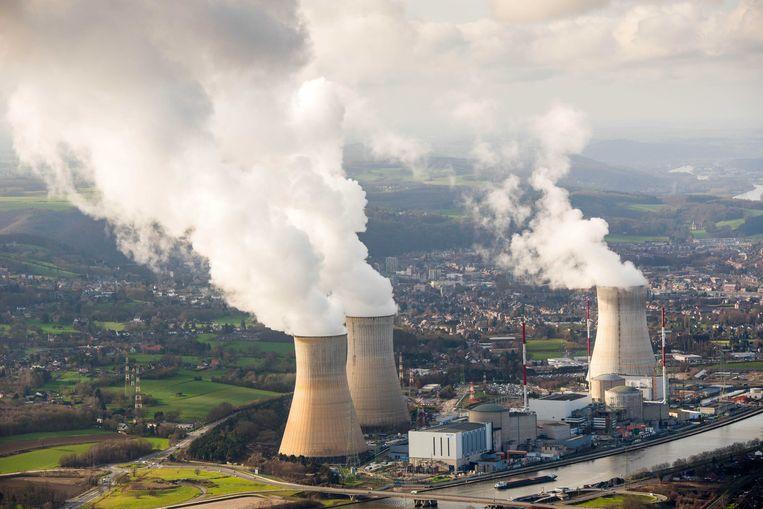 De kernreactor Tihange 2 is rond middernacht opnieuw opgestart. De kerncentrale werd maandagnamiddag automatisch stilgelegd na problemen met de stroomtoevoer.  Beeld ANP