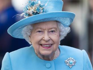 'Koningin Elizabeth heeft het zwaar na vertrek Harry en opname prins Philip'