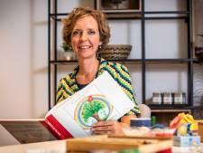 Tekentherapeut Marieke helpt in haar Oldenzaalse praktijk kinderen hun stille verdriet te verwerken