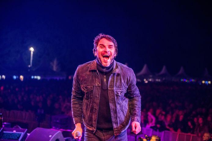In 2019 trad Xander de Buisonjé ook al op tijdens het Zomerspektakel. In september geeft hij met gastartiesten opnieuw twee shows.