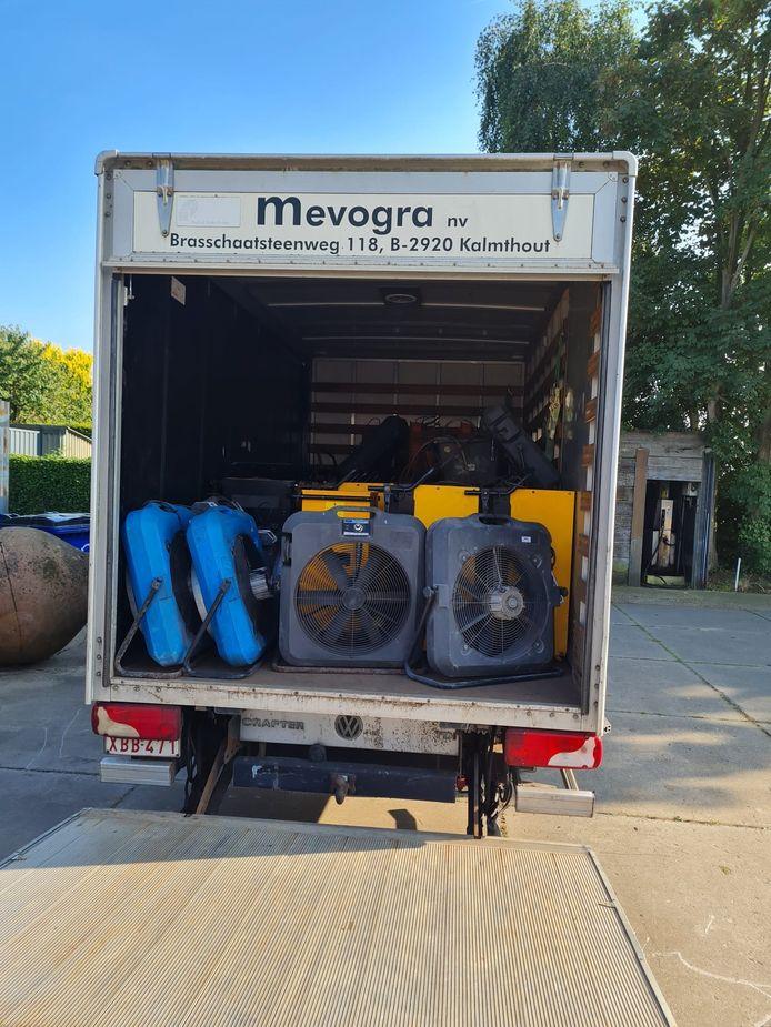 Mevogra stelt 25 luchtontvochtigers en 8 luchtverplaatsers ter beschikking van de getroffenen van de overstromingen