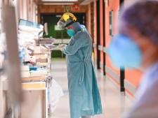 Les hospitalisations et les contaminations poursuivent leur baisse