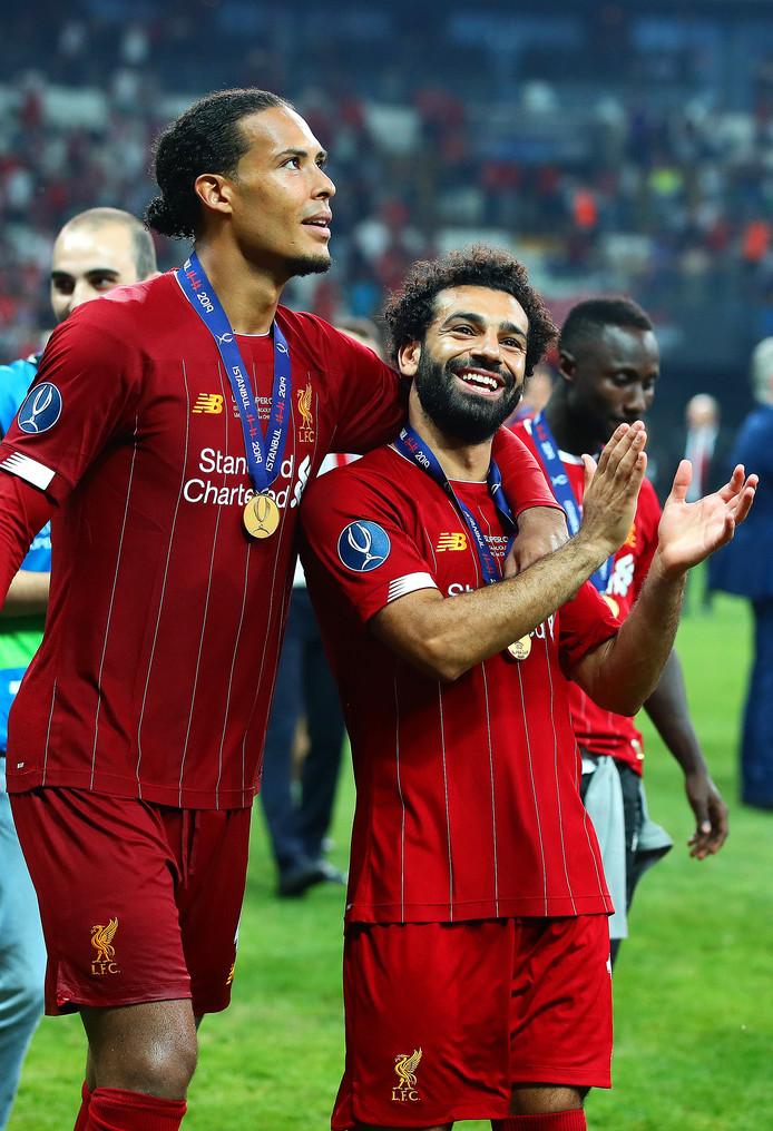 Virgil van Dijk met Mohamed Salah.
