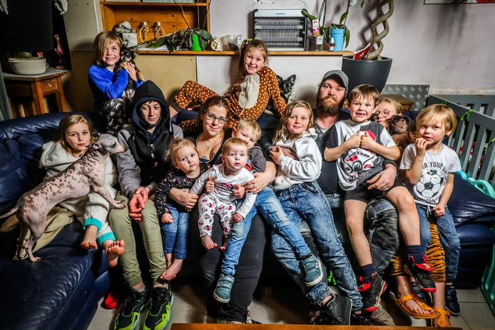 Kelly De Loose en Nathan Vandeputte uit Wenduine verwachten hun twaalfde kindje