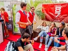 Collegezalen en feesten uit den boze en daarom zijn studentenverenigingen nu populairder dan ooit