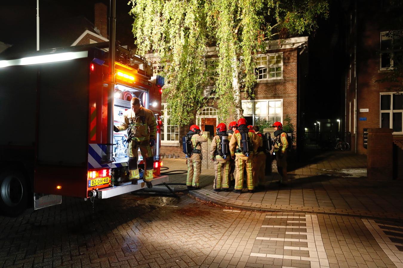 Snel ingrijpen van de brandweer voorkwam september 2019 een ramp nadat een boze zwerver probeerde de nachtopvang aan de Eindhovense Hemelrijken in lichterlaaie te zetten.