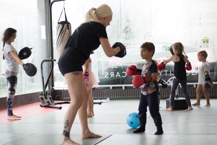kleuterlesjes Lynx MMA - Cindy Dandois - foto's van haar gekregen