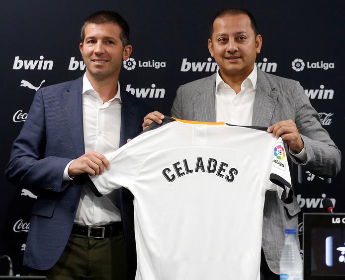 Albert Celades (links) met president Anil Murthy.