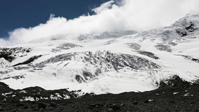 Doden en vermisten bij lawine op besneeuwde vulkaan in Ecuador