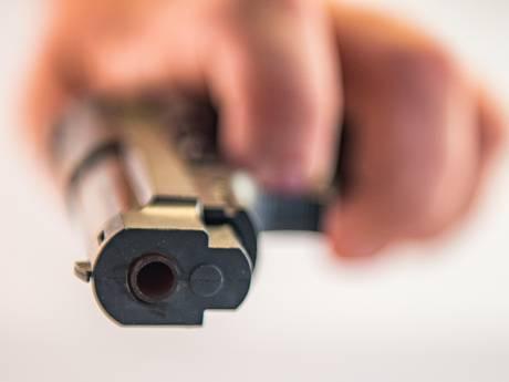 Drie jongeren bedreigen vrouw in Ochten