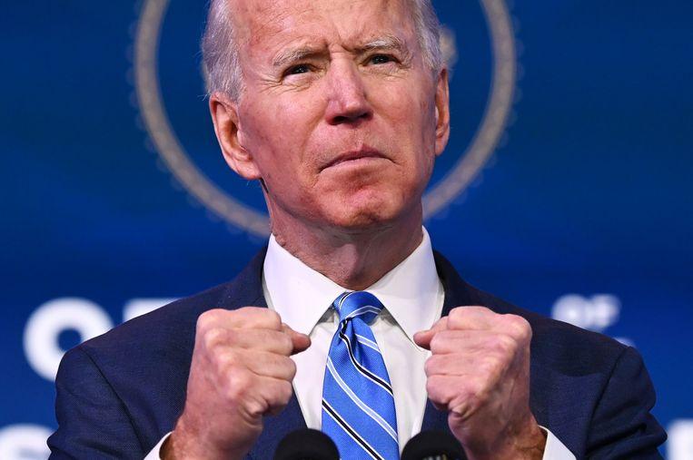 De aankomende president Joe Biden, donderdag tijdens een toespraak over economische en gezondheidscrises in de VS.  Beeld AFP