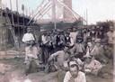 Arbeider tijdens de bouw van De Tuut in 1917 of 1918