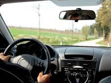 13-jarige rijdt - met toestemming ouders - rond in BMW X3, maar botst dan op brommer