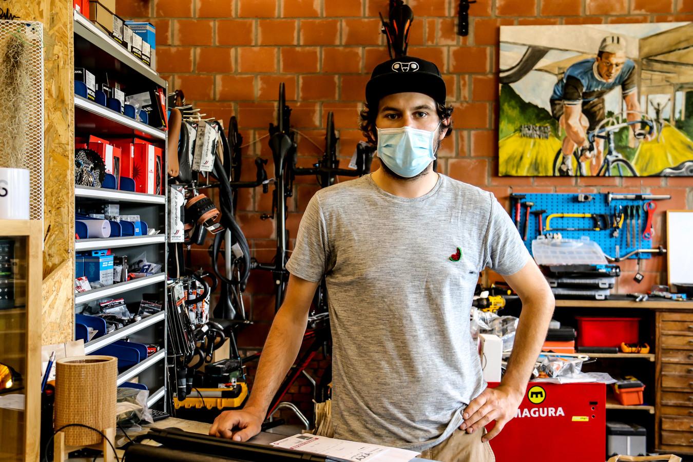 Gert Lijnneel (28) hoopt op een of andere manier zijn fietsen nog terug te krijgen en wil een lans breken om dit soort problemen in de toekomst extra aan te pakken.