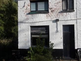 Gemeente vindt aankoopakte huis terug van onbewoonbaar verklaarde eigendom