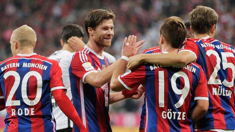 Feest in de Allianz Arena want de 'Rekordmeister' liet geen spaander heel van revelatie SC Paderborn Beeld GETTY