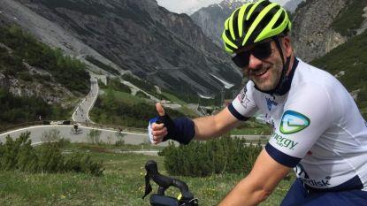 """Diabetespatiënt Guy Joosten (50) bereikt als ambassadeur de top van de Stelvio: """"Alsof ik een rit in de Tour gewonnen had"""""""