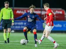 Piepjong Helmond Sport gaat weer eens met goed gevoel de winterstop in: 'Een terechte uitslag'