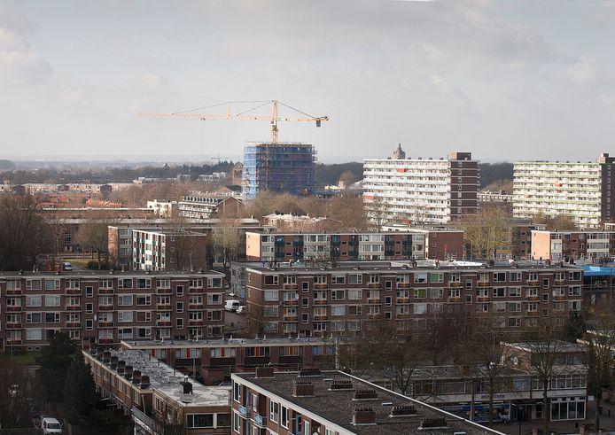 Portiekflats, typisch beeld voor de wijk Keizerslanden, waar de laatste jaren steeds meer is gesloopt voor nieuwbouw en die ontwikkeling moet de komende jaren verder gaan.