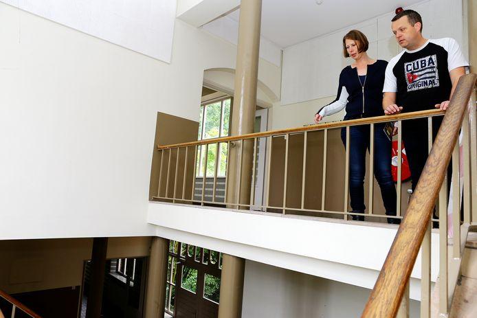 dag van de bouw resedentie moller te waalwijk waar mensen een kijkje konden nemen in de school waar 47 appartementen gaan komen[foto ricardo smit].