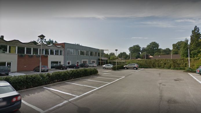 Parking administratief centrum in Kapellen