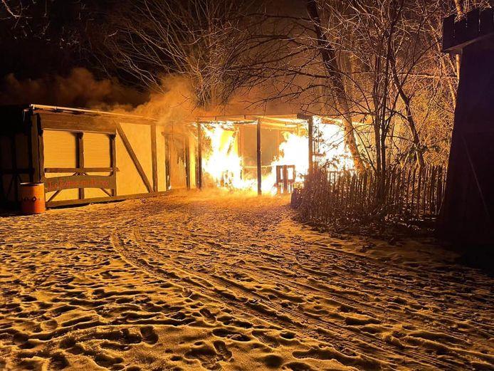 De schade na de brand is groot.